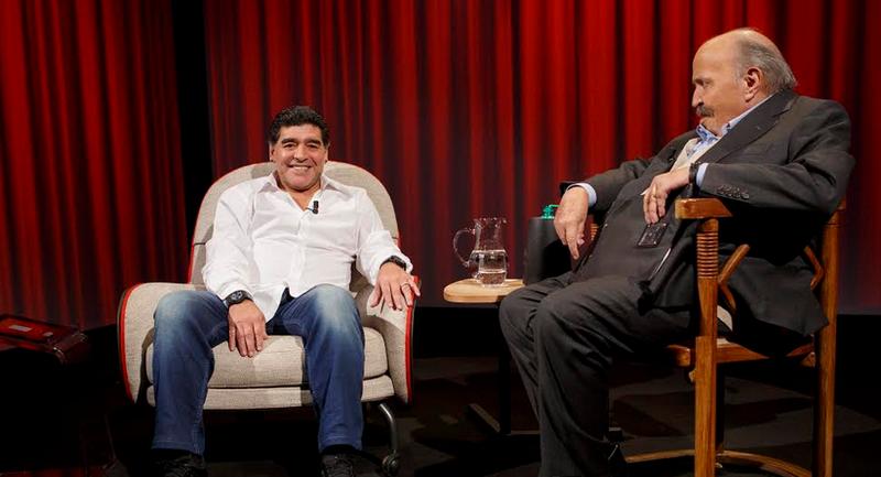 La confessione di Maradona a Maurizio Costanzo: