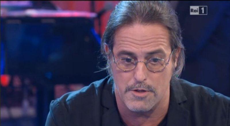 Ivan Cattaneo - Il Cuore É Nudo... E I Pesci Cantano