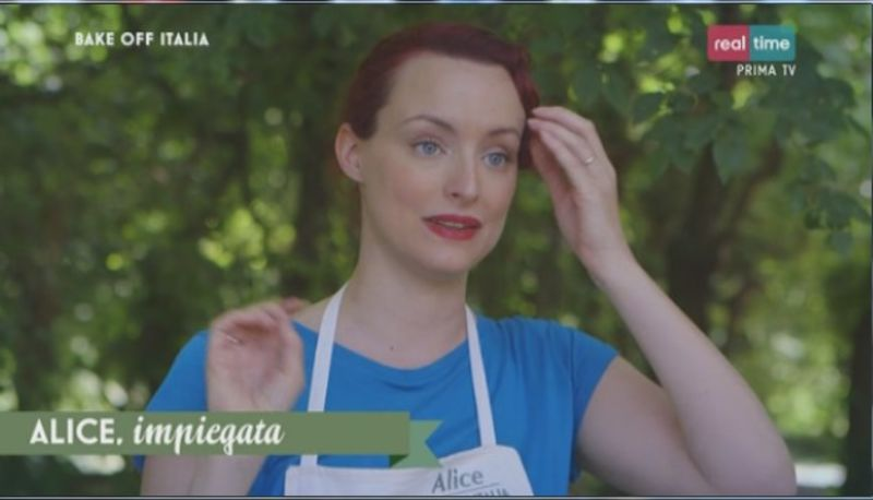 Alice a Bake off