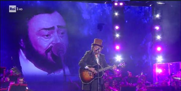 Replica Pavarotti un'emozione senza fine: info streaming su Raiplay
