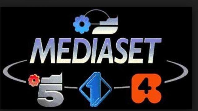 100 di questo giorno - le reti Mediaset si raccontano