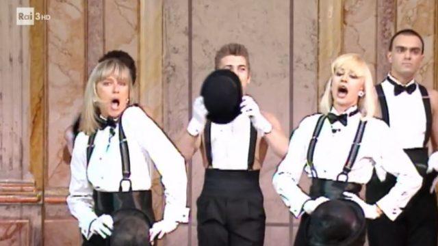 A raccontare comincia tu - Loretta Goggi e Raffaella Carrà a Fantastico '91