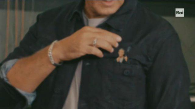 Spot in TV - L'avatar di Fiorello esce dal taschino durante promo