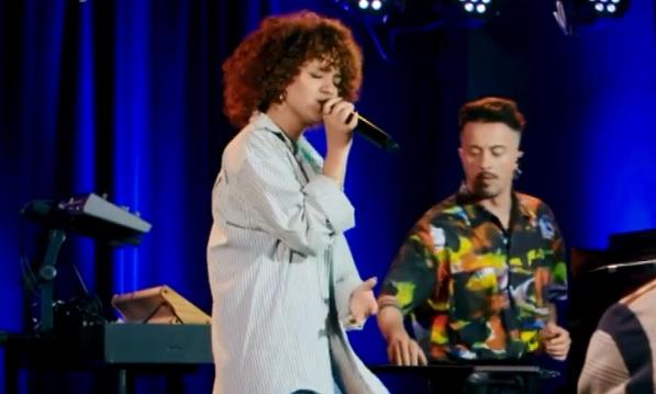 """Mariam canta """"Sciccherie"""" di Madame a X Factor Home Visit"""