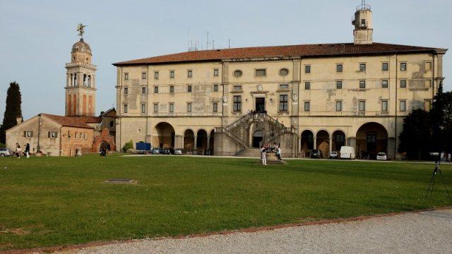 Al posto delle stelle - Udine il castello