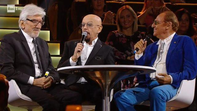 Una storia da cantare 23 novembre diretta - Gigi Proietti e Renzo Arbore raccontano Lucio Dalla