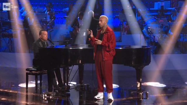 Gigi D'Alessio e il rapper Luché cantano insieme Come me