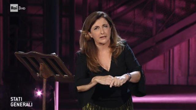 Il monologo di Francesca Reggiani sulle donne