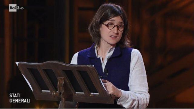 La scrittrice Chiara Valerio monologo elogio della lettura