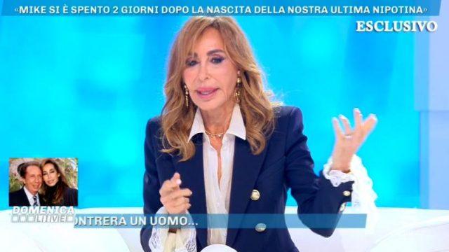Domenica Live 3 novembre 2019 - Daniela Bongiorno racconta la morte di Mike