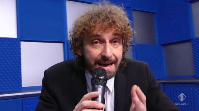 Le Iene Show 24 novembre diretta - Filippo Roma servizio sugli operatori ecologici dell'Ama a Roma