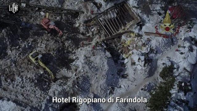 Le Iene Show 24 novembre 2019 diretta - La tragedia di Rigopiano e il caso Mollicone