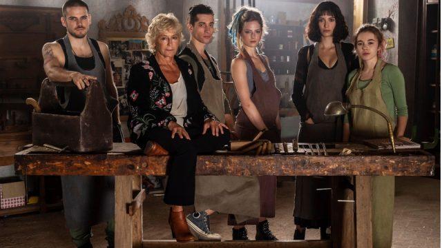 Pezzi Unici puntata 17 novembre - la regista Cinzia Th Torrini e i cinque giovani protagonisti