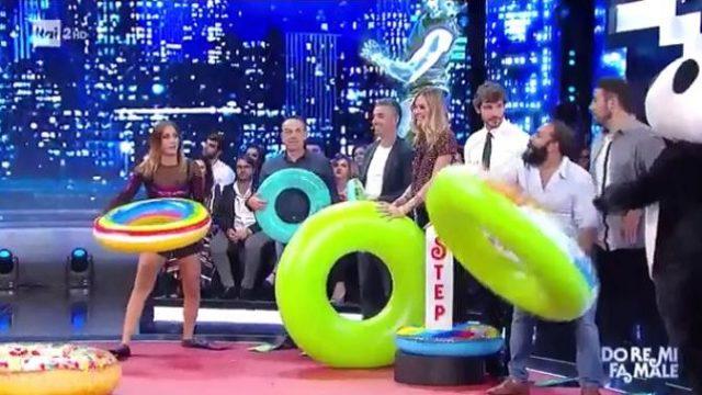 """Stefano De Martino annuncia il gioco """"Do re mi fa male"""""""