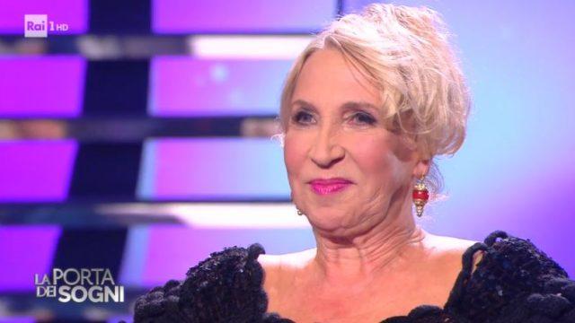 La porta dei sogni diretta 28 dicembre - Loredana 74 anni realizza il sogno di ballare