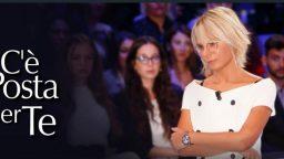 C'è posta per te diretta 11 gennaio - Maria De Filippi ospita Johnny Depp