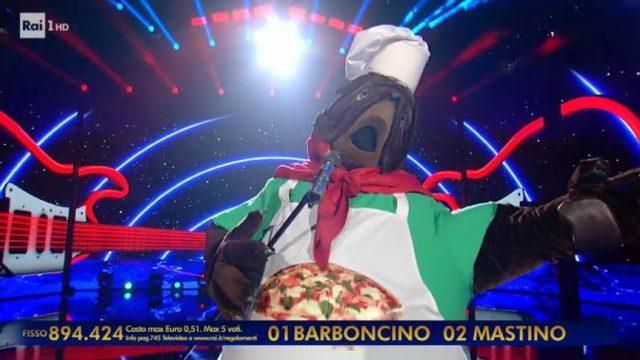 Il mastino napoletano canta Pino Daniele duratne il duello finale