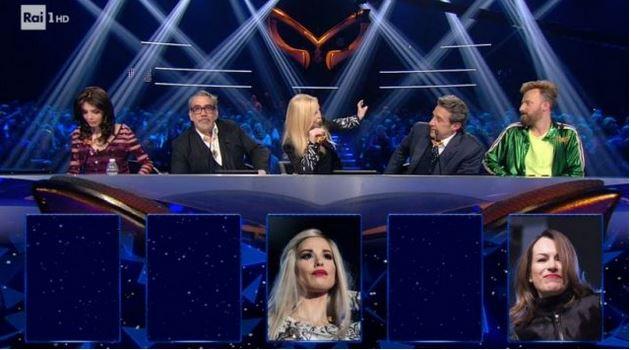 Il cantante mascherato 17 gennaio diretta - Seconda puntata con Milly Carlucci - Le maschere in gara e la giuria