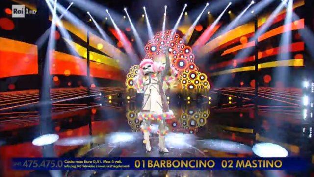 Il cantante mascherato 17 gennaio - Il mastino napoletano vince la sfida finale, eliminato il barboncino dietro la maschera c'è Arisa
