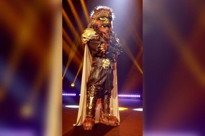 Il cantante mascherato indizi Leone