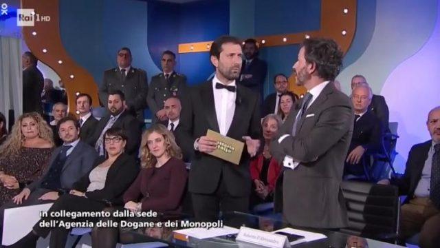 Soliti Ignoti Speciale Lotteria Italia 2020 biglietti vincenti monopoli