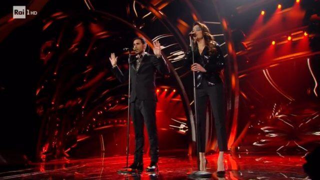 Gessica Notaro e Antonio Maggio cantano La faccia e il cuore