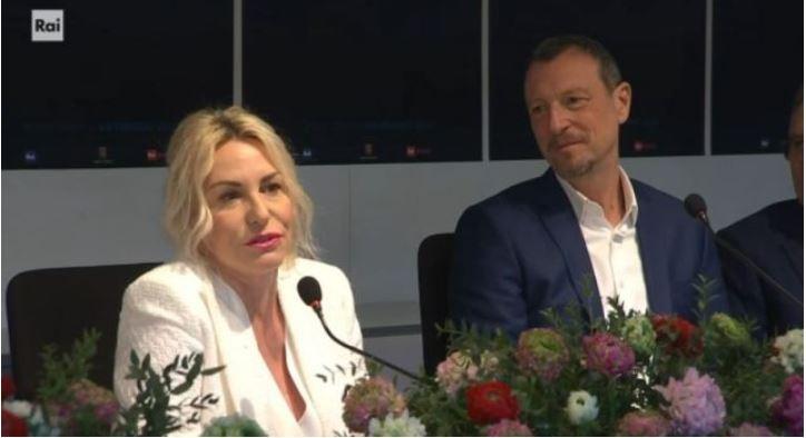 Sanremo 2020 quarta serata 7 febbraio - Conduttrici e ospiti