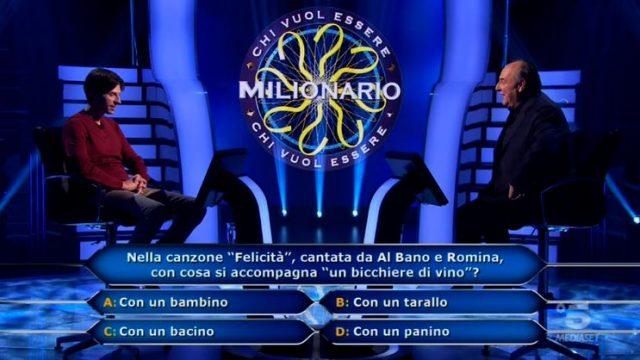 Chi vuol essere milionario diretta 12 febbraio - La prima domanda di Alessandro Limiroli