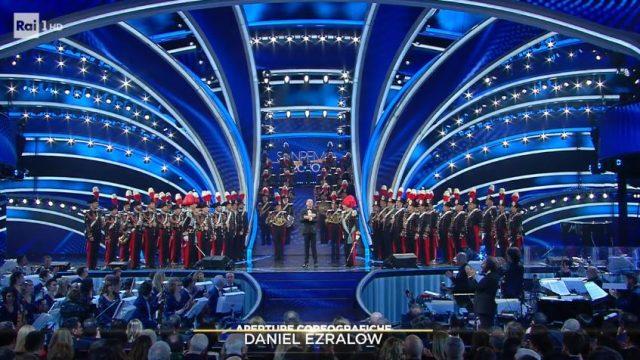 La Banda dell'Arma dei Carabinieri apre la serata finale di Sanremo 2020 e suona l'Inno di Mameli - La classifica generale