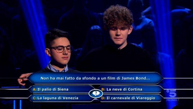 Chi vuol essere milionario diretta 19 febbraio - Marco Mancini aiutato dall'amico Onorato