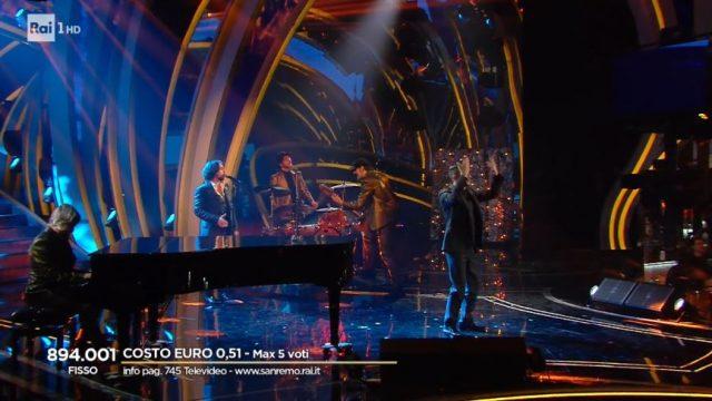 Sanremo 2020 diretta quinta serata 8 febbraio - Le Vibrazioni