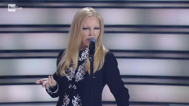 Patty Pravo canta e dimmi che non vuoi morire