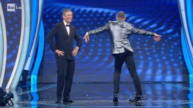 Sanremo 2020 recensione prima serata Amadeus imita Celentano