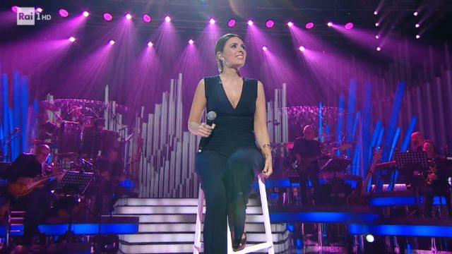 Serena Rossi canta Mia Martini per omaggiare Ivano Fossati - Bugo canta Celentano con Enrico Ruggeri che allude a Morgan