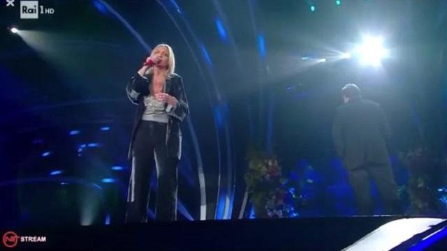 Sanremo 2020 look 6 febbraio Irene Grandi
