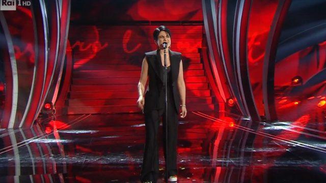 Sanremo 2020 look seconda serata 5 febbraio Giordana Angi