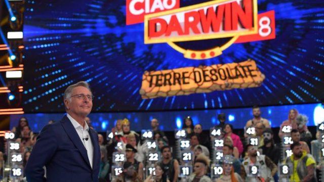 Canale 5 Ciao Darwin in replica da sabato 21 marzo