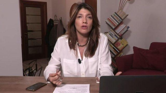 Coronavirus Speciale Sono le venti Crozza - La giornalist Valentina Petrini