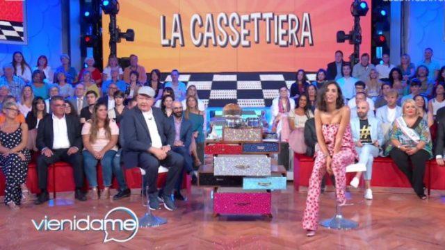 Vieni da me diretta 4 maggio - Caterina Balivo torna su Rai1
