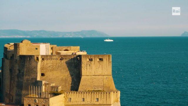 La fiction serie girata a Napoli con la regia di Pappi Corsicato