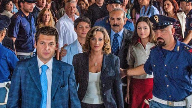 Il coraggio di Angela - Trama della serie di Rai 1 con Lunetta Savino