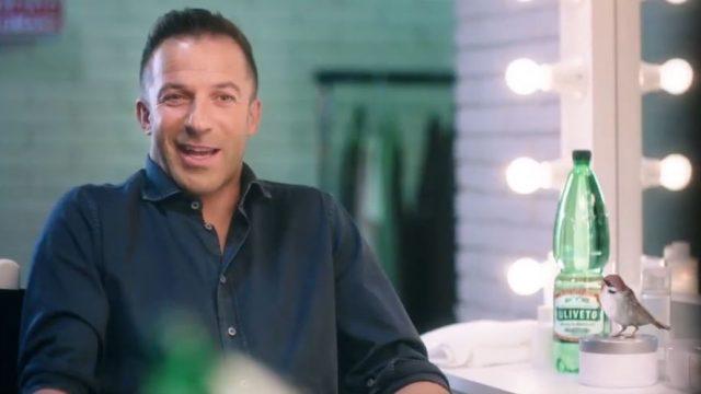 Spot in Tv Uliveto - Alessandro Del Piero risponde con l'uccellino alle domande di Maria Grazia Cucinotta