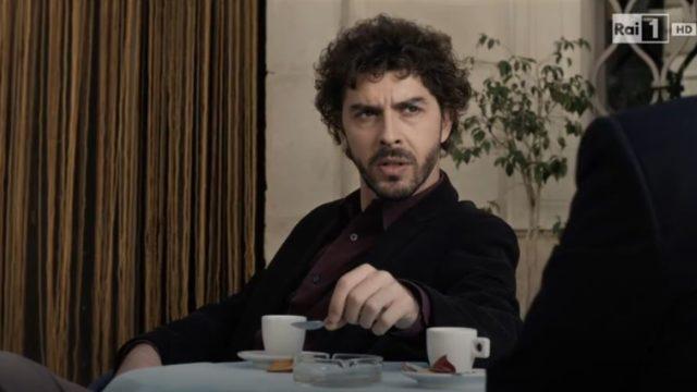Il giovane Montalbano 2 trama episodio La transazione