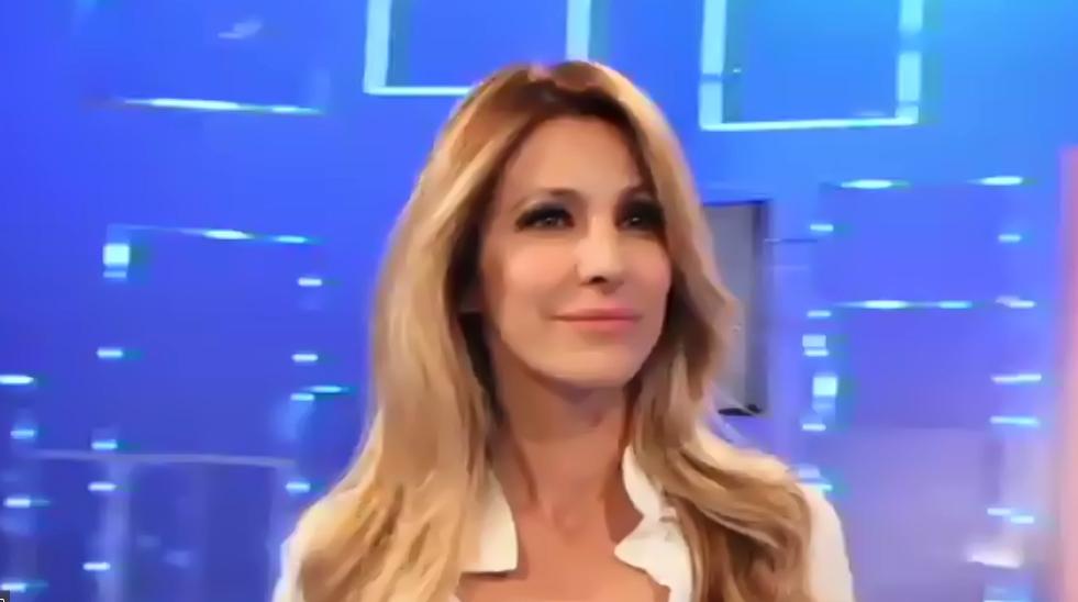 Adriana Volpe risponde