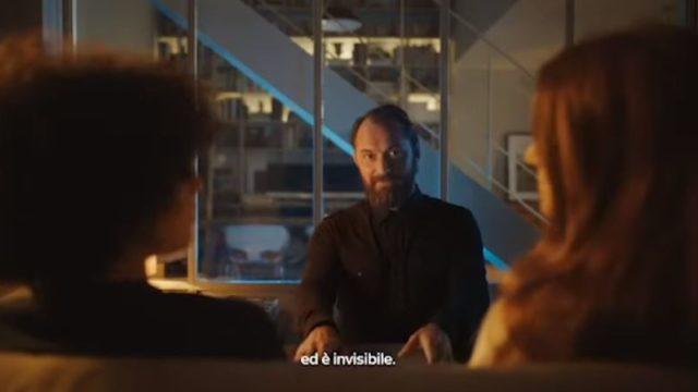 Spot in TV Sky Wifi - Jude Law nel salotto di due clienti