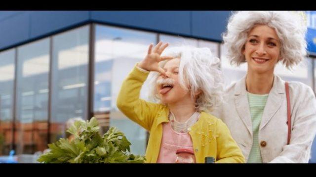 Spot in TV Eurospin, il cliente diventa Einstein con la spesa intelligente