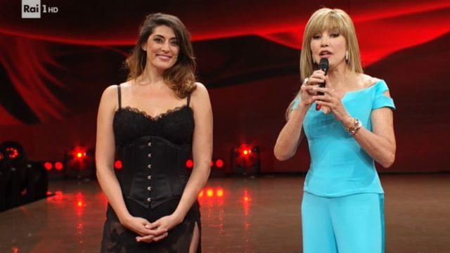Ballando con le Stelle 26 settembre, diretta, La presentazione di Elisa Isoardi