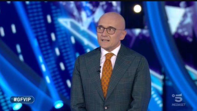 Stasera in TV 25 settembre 2020 - Programmi e film Canale 5 e altri canali Mediaset