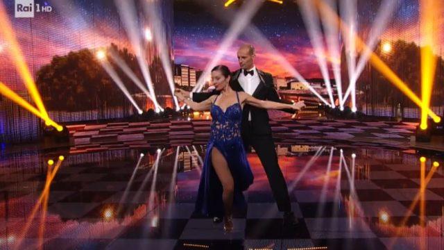 Ballando con le stelle 19 settembre, Massimiliano Allegri balla il tango