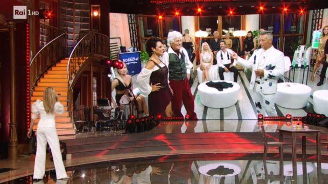 Ballando con le stelle 19 settembre, diretta - La coppia Ninetto Davoli e Ornella Boccafoschi